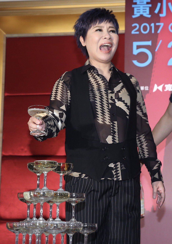 黃小琥慶功宴。記者余承翰/攝影(提醒您:禁止酒駕 飲酒過量,有害健康。)