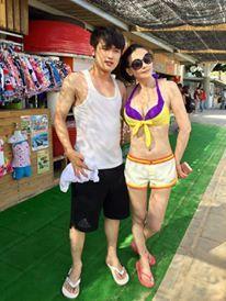 蕭淑慎(右)常與小男友臉書曬恩愛。圖/摘自臉書