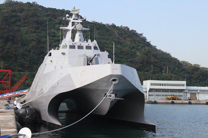 海軍沱江軍艦。記者洪哲政/翻攝