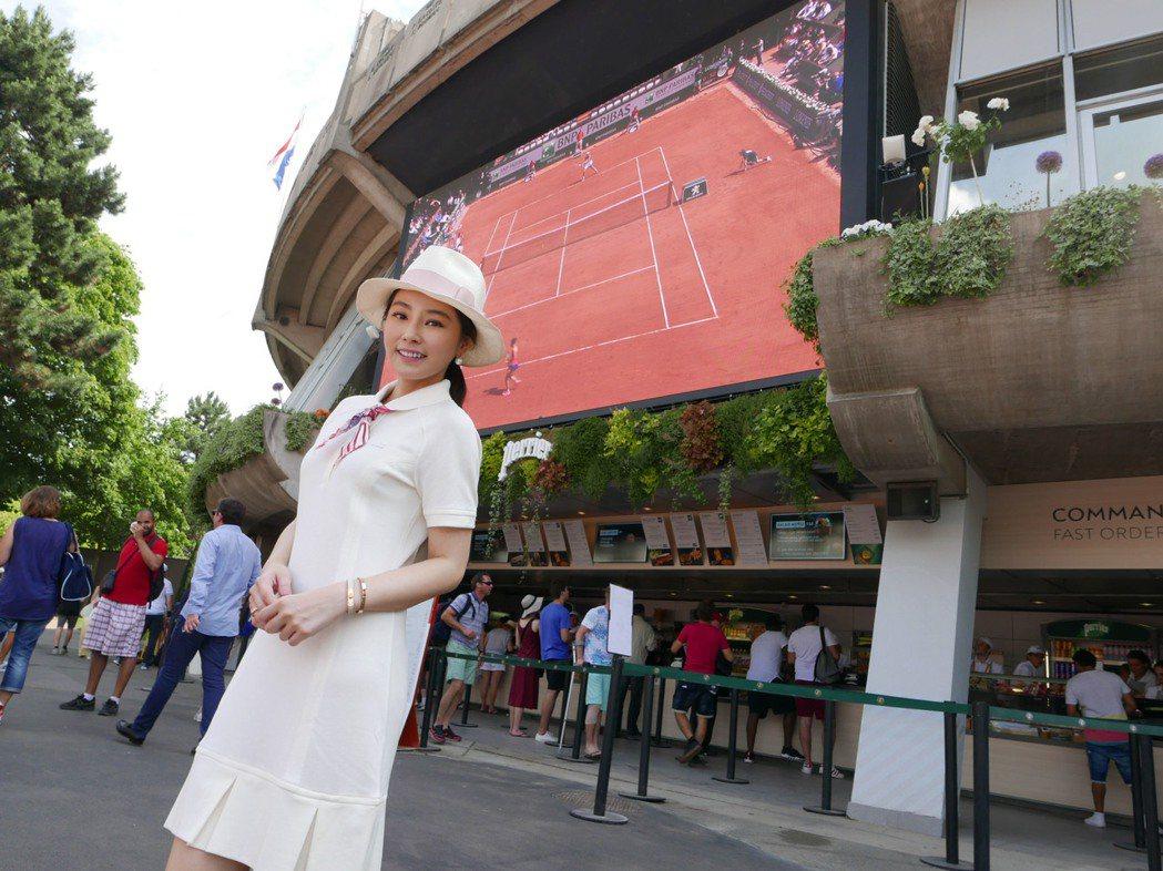 陳怡蓉和老公薛博仁看法國網球公開賽。圖/明悅提供