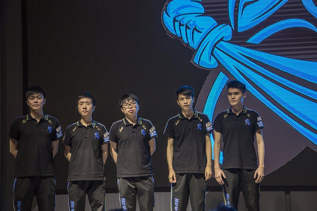 來自中國的頂級戰隊Newbee,《DOTA 2》全球排名11。