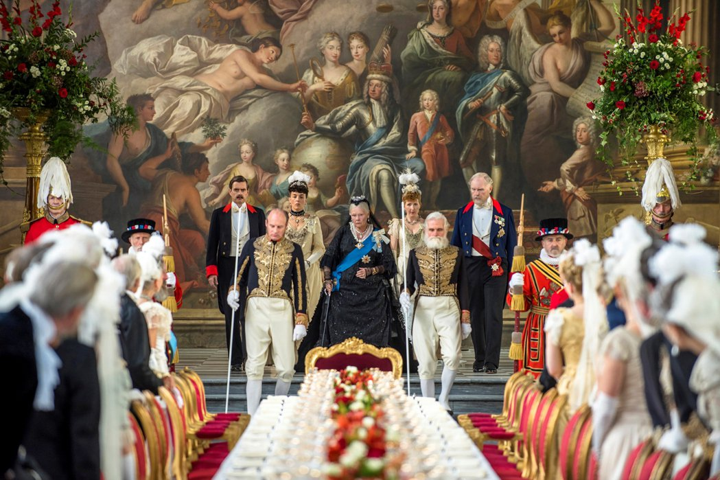 英國殿堂級女星茱蒂丹契推出新片「女皇與知己」。圖/UIP提供
