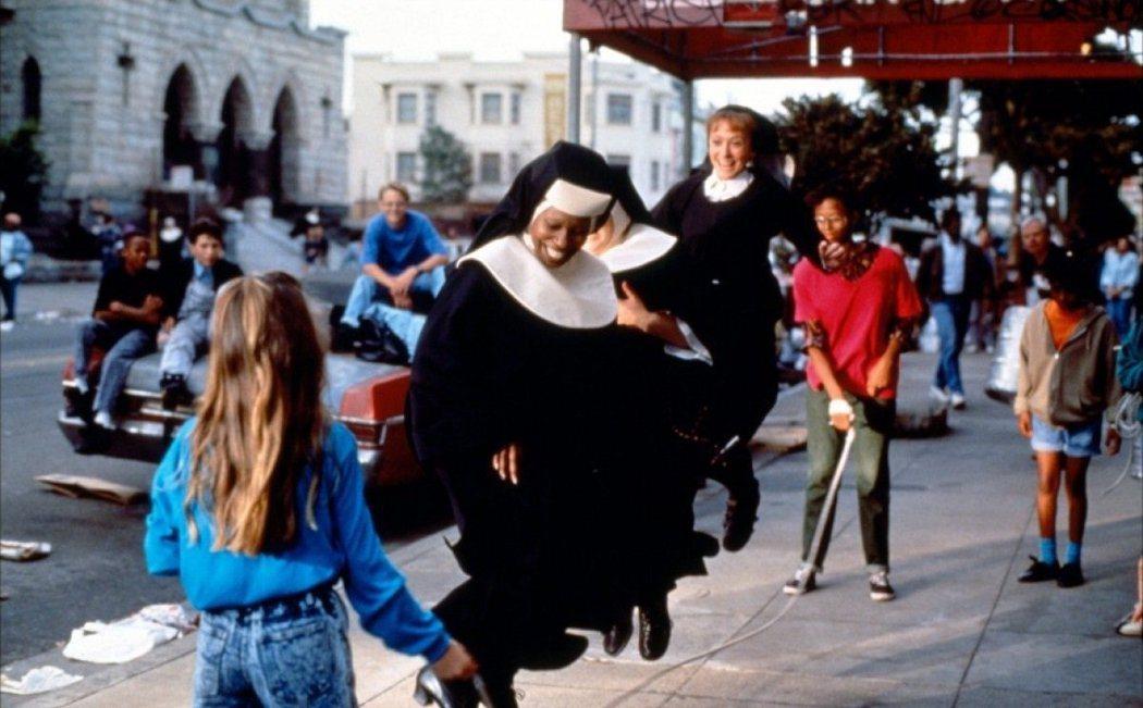 「修女也瘋狂」曾在美國創下賣座佳績。圖/摘自imdb