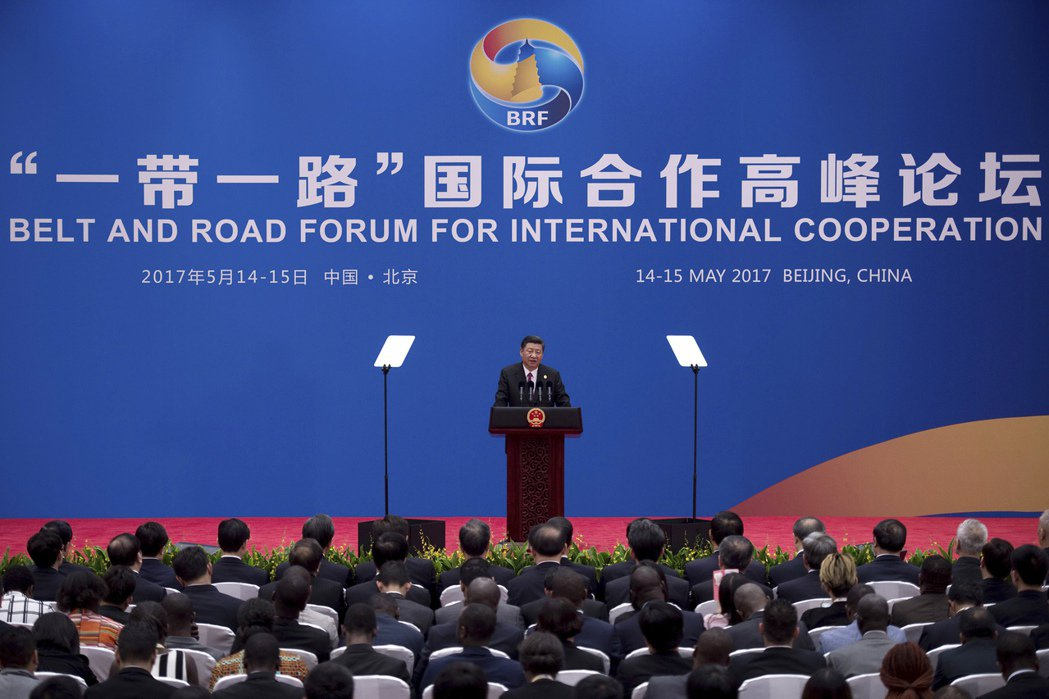 中國的「一帶一路」新絲路計畫,中國對歐洲進行龐大的經貿投資,加強中國與歐洲之間的...