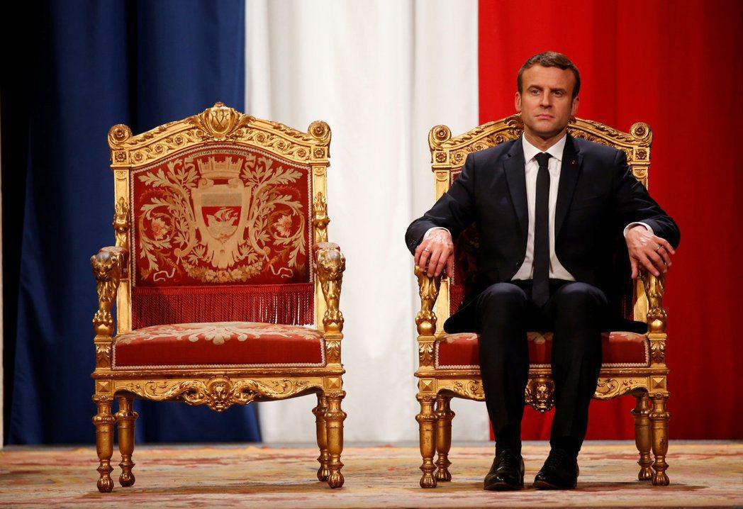 中國國家主席習近平向法國新總統馬克宏致賀電,希望「保持中法關係健康穩定發展」。 ...
