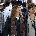 叫女學生低胸參加畢業典禮挨轟 跟「低胸裝」其實沒啥關係
