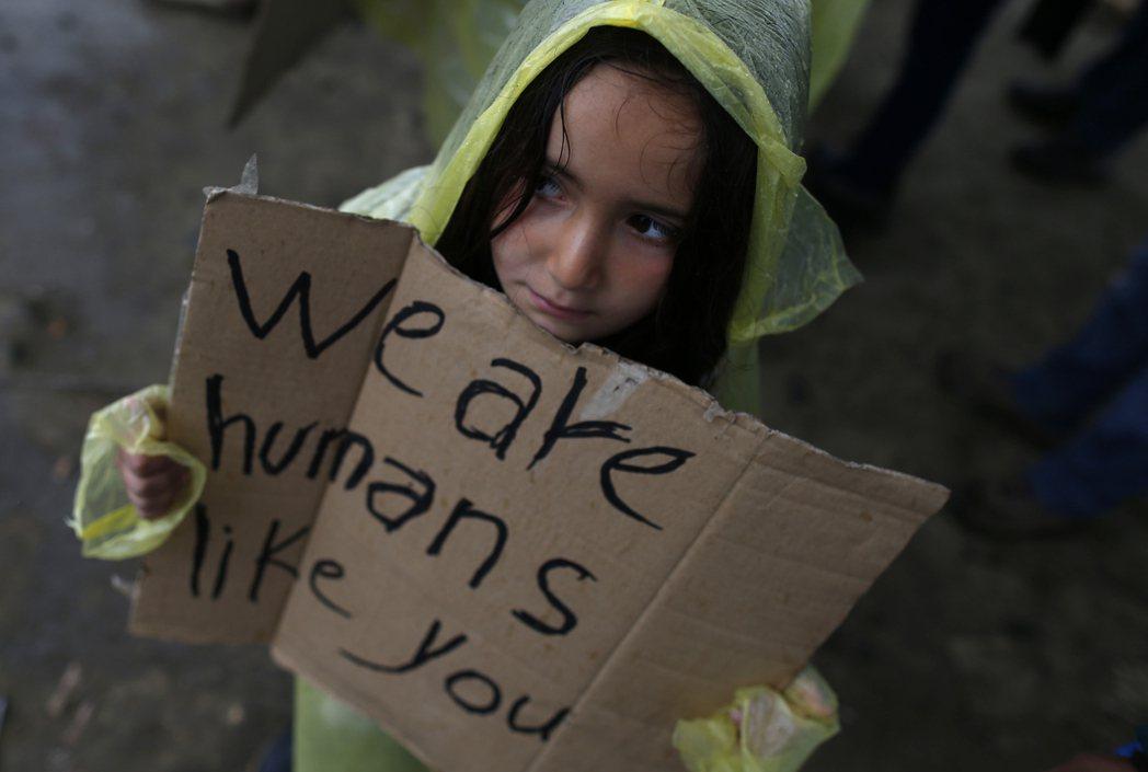 整個歐洲的人道主義精神也在衰退。也許是恐怖事件頻發磨滅了不少人的同情心。 圖/美...