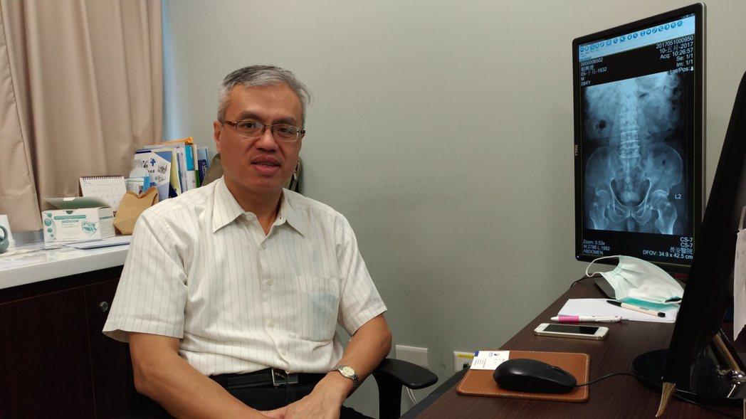 台中市長安醫院泌尿科醫師石宏文說,男人性行為次數沒有固定標準,要看個人需要。 記...