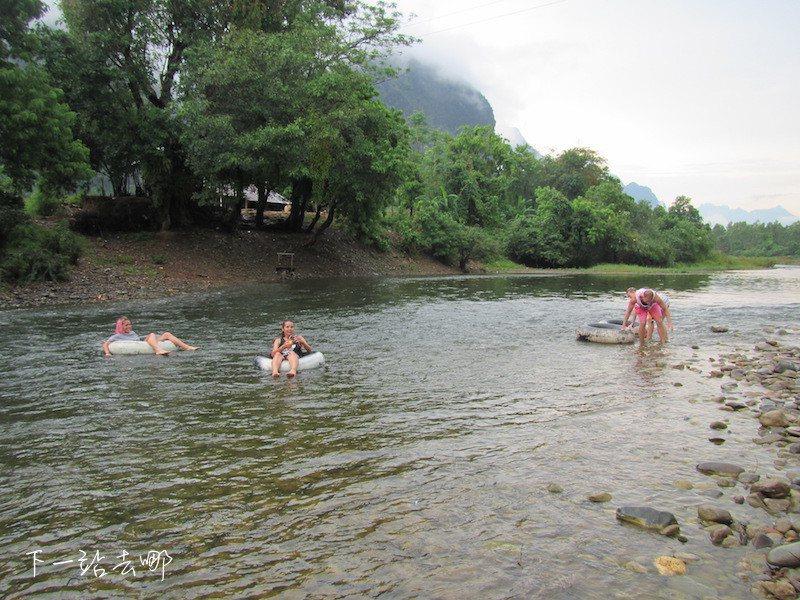 南宋河上漂流。 賴勳毅/攝影