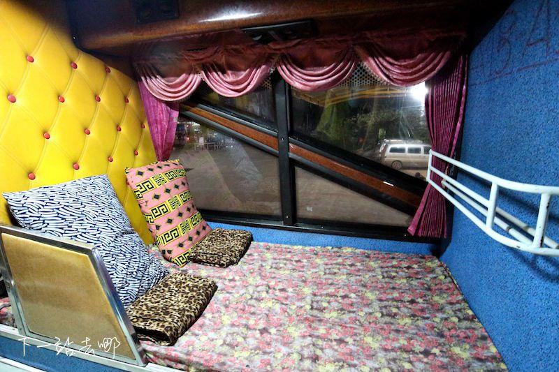 臥鋪巴士內部。 賴勳毅/攝影