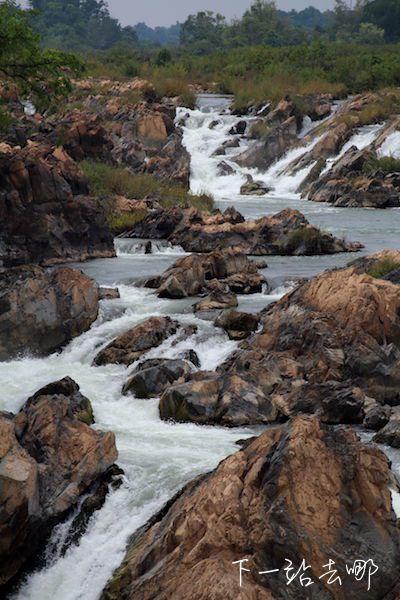 """Somphamit Waterfall""索法米瀑布。 賴勳毅/攝影"