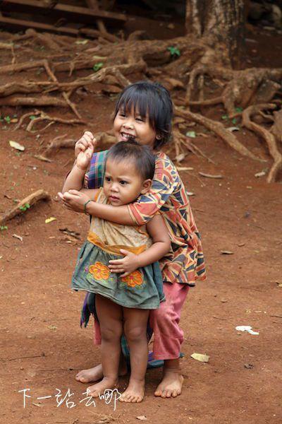 村莊內大多是老人、小孩。 賴勳毅/攝影