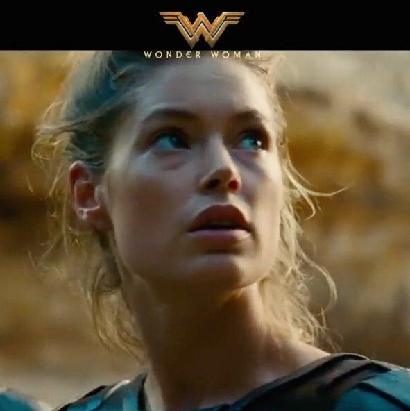 杜晨克羅絲在「神力女超人」片中飾演女戰士之一。圖/摘自IG