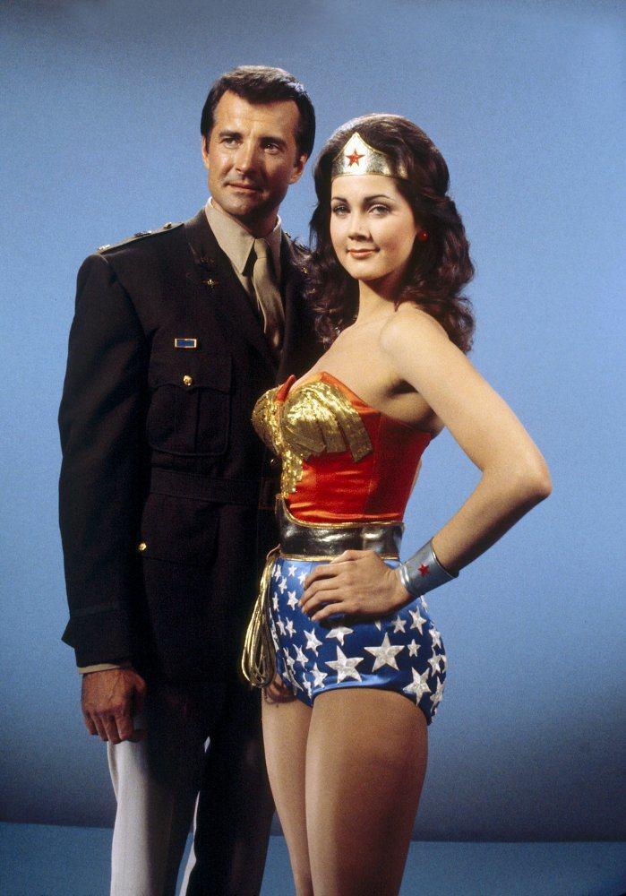 「神秘女超人」在台播映時反應不佳,4集腰斬。圖/摘自imdb