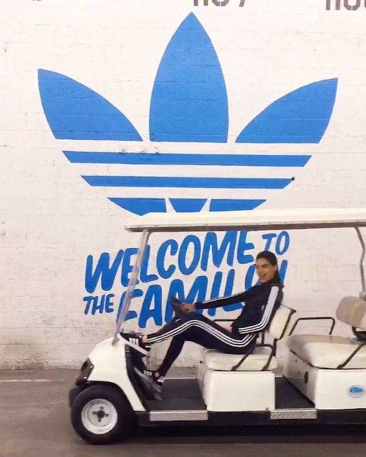 名模Kendall Jenner在臉書等社群平台宣告加入adidas Origi...