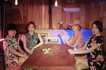 有著「完顏團」之稱的2代韓女團T-ara,雖然有著2名成員約滿離團的遺憾,現有4人仍將於6月中詢攜第13張迷你專輯回歸,預定6月14日舉辦showcase,15日正式登台打歌。做為碩果僅存的少數2代...