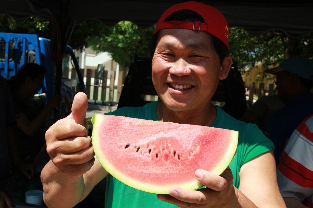 西瓜爆裂開很常見,可能發生在生長期和採收前後,若果肉生長速度大於果皮生長速度,就...