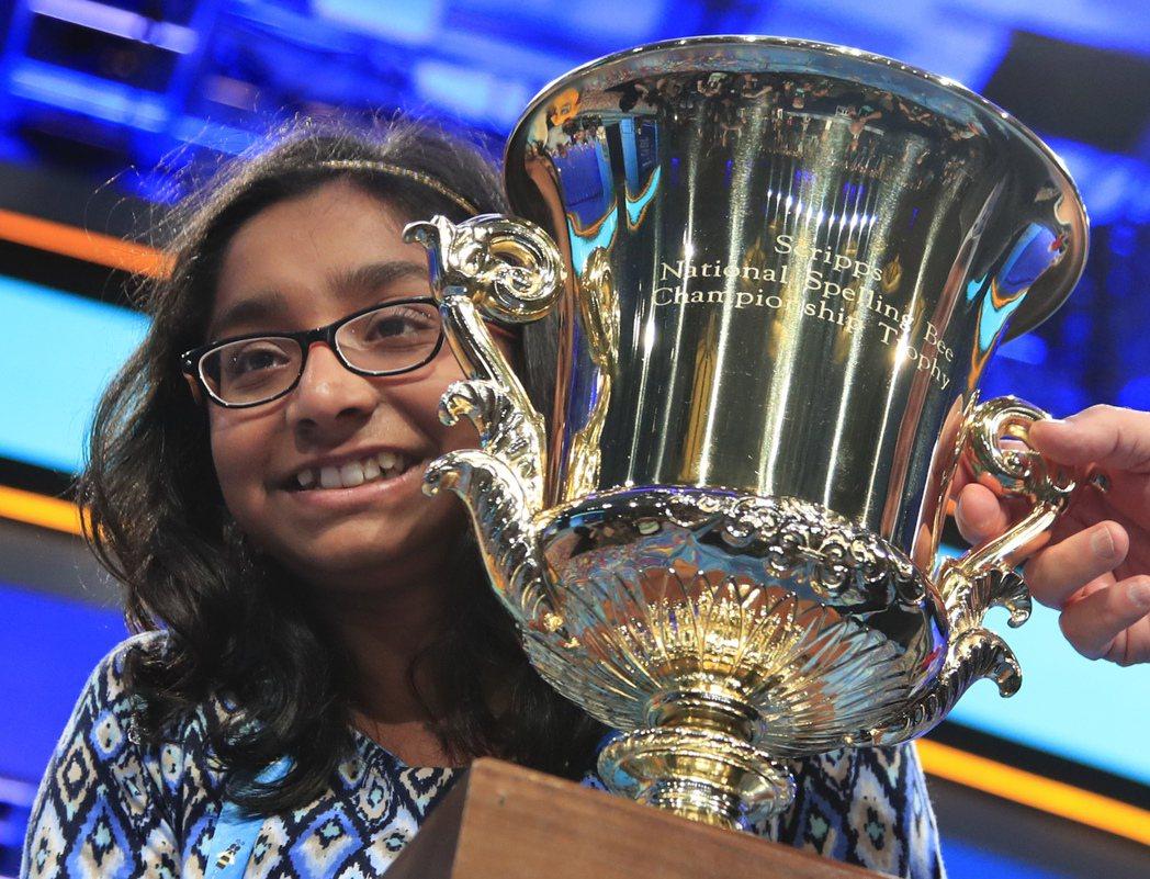 美夢成真 12歲女孩全美拼字大賽奪冠