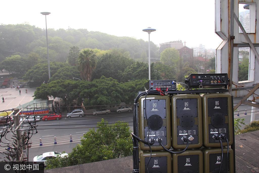 為反制大媽的廣場舞音樂,有社區住戶開來高音喇叭反制。 (視覺中國)