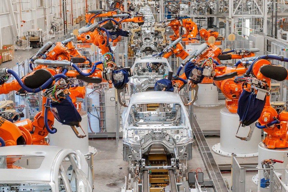 川普宣布美國退出《巴黎氣候協定》後,德國汽車工業協會(VDA)擔心,會失去原有的競爭力,希望歐洲要重新審視環保標準。圖/摘自carscoops.com