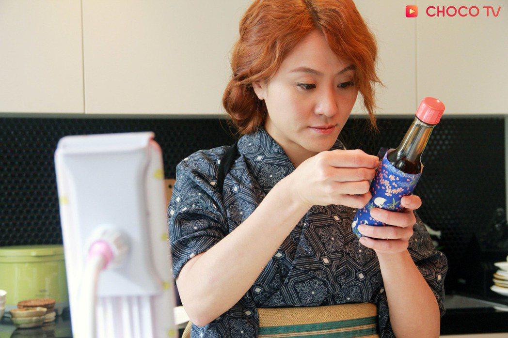 海裕芬挑戰大齡未婚女角色。圖/CHOCO TV提供
