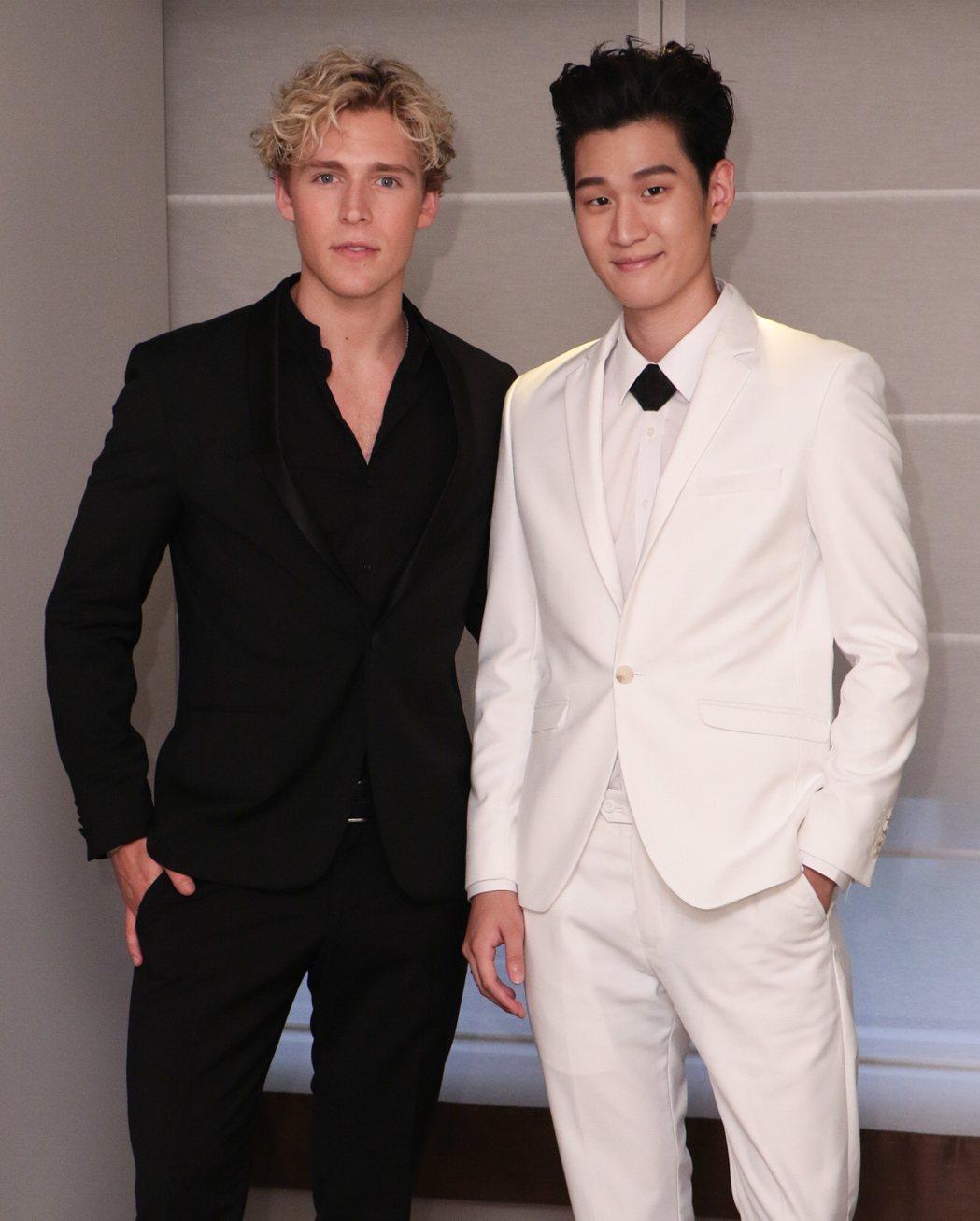 丹麥歌手克里斯多福(左)與周興哲將在hito流行音樂獎同台演出。圖/華納音樂提供