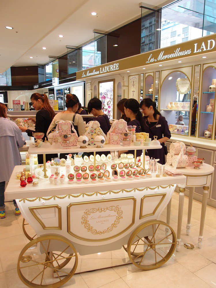 人氣彩妝LADUREE於2014年進駐SOGO忠孝館。圖/記者黃仕揚