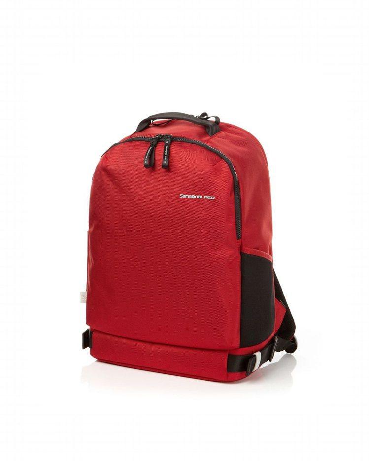 Samsonite RED Clovel系列後背包,約6,800元。圖/Sams...
