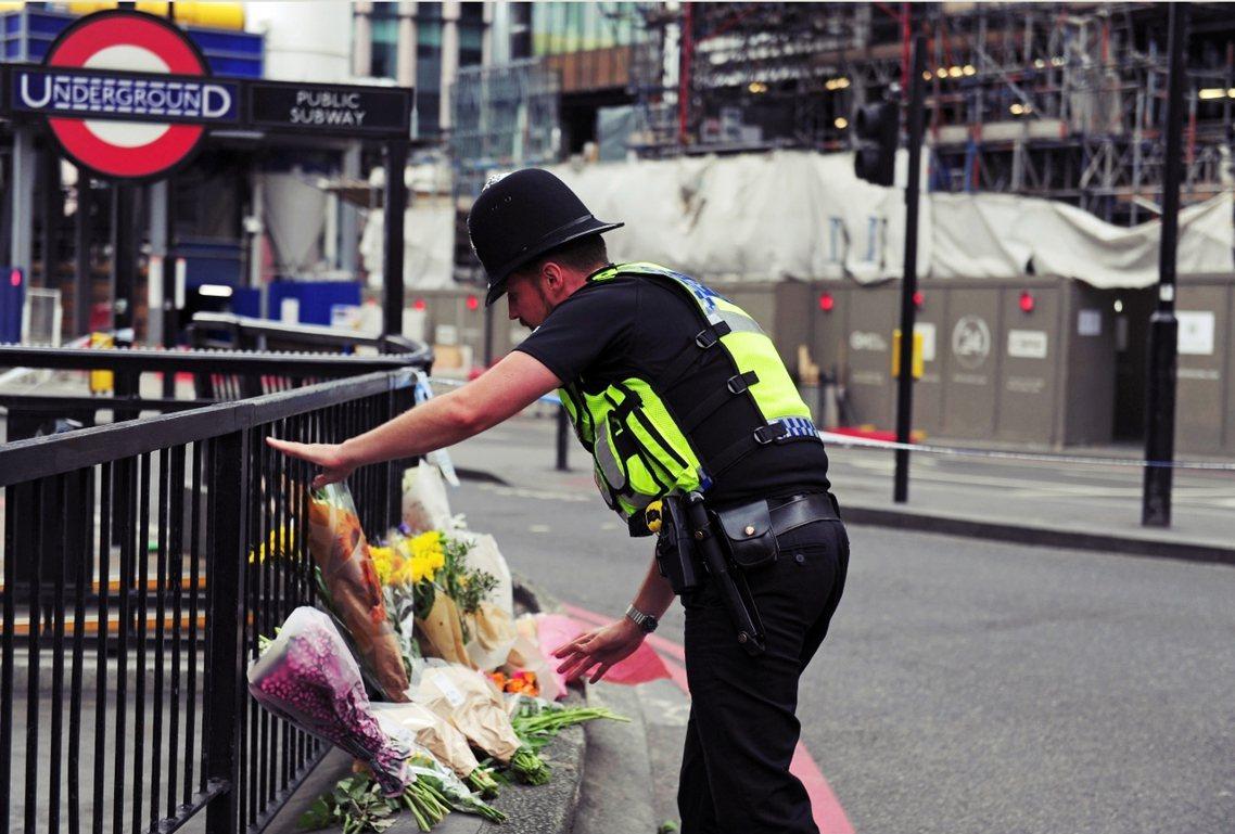 發生在6月3日晚間的倫敦橋恐攻襲擊案,至今已確認7人死亡、48人受傷。圖為倫敦橋...