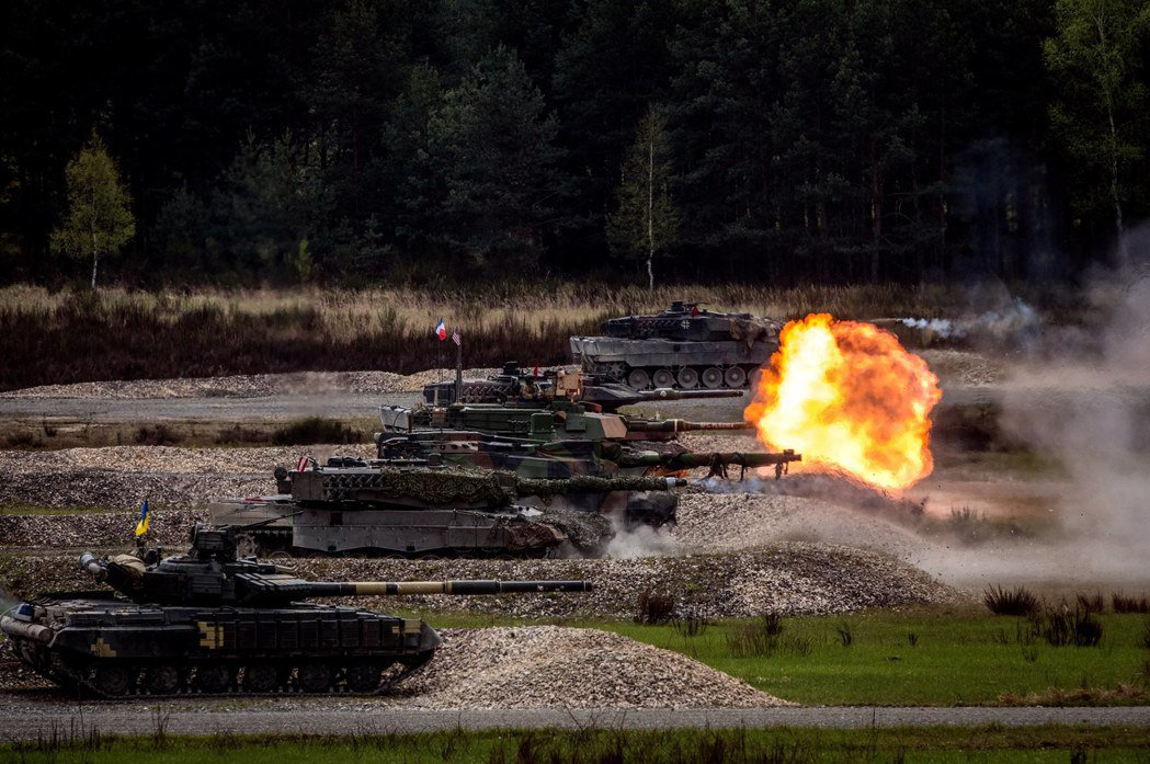 2017年5月13日北約舉行各國坦克軍演。 圖/歐新社
