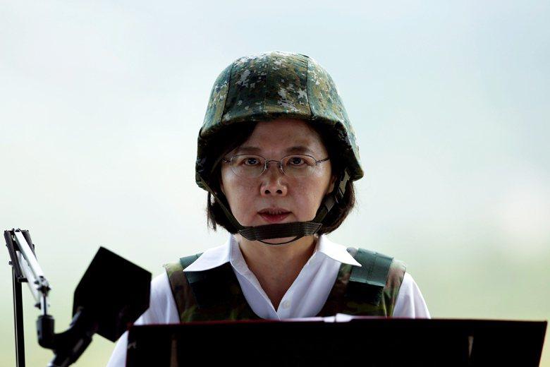 台灣必須站在自己的立場,嚴肅分析各種軍售需求的優先程度,表現出強烈的自我防衛意志...