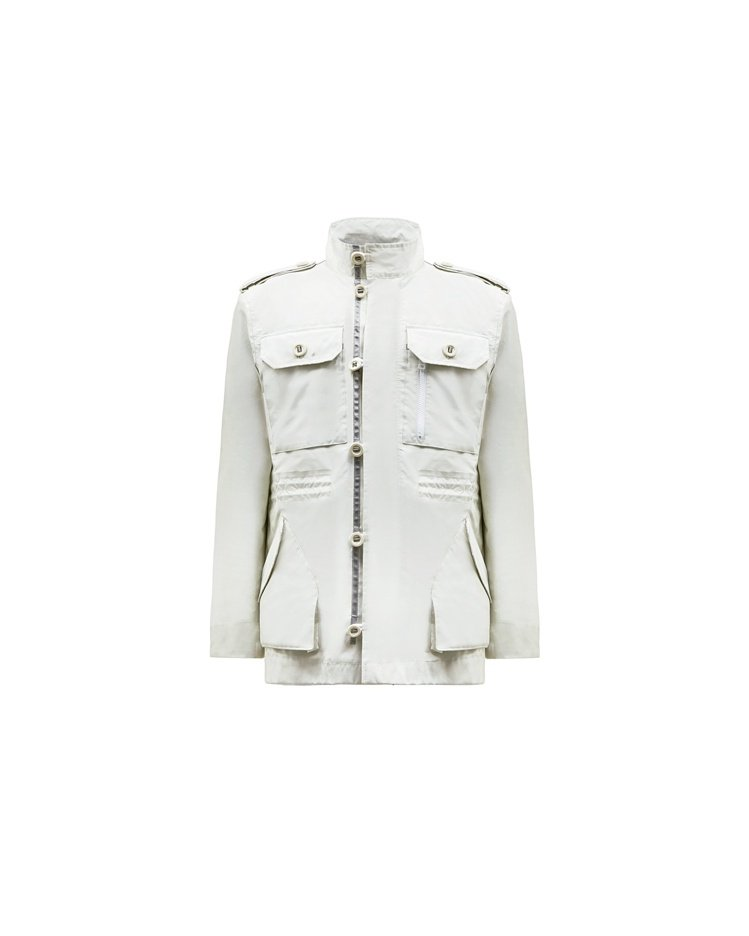 Hunter夏季系列多口袋雨衣,約17,800元。圖/Hunter提供