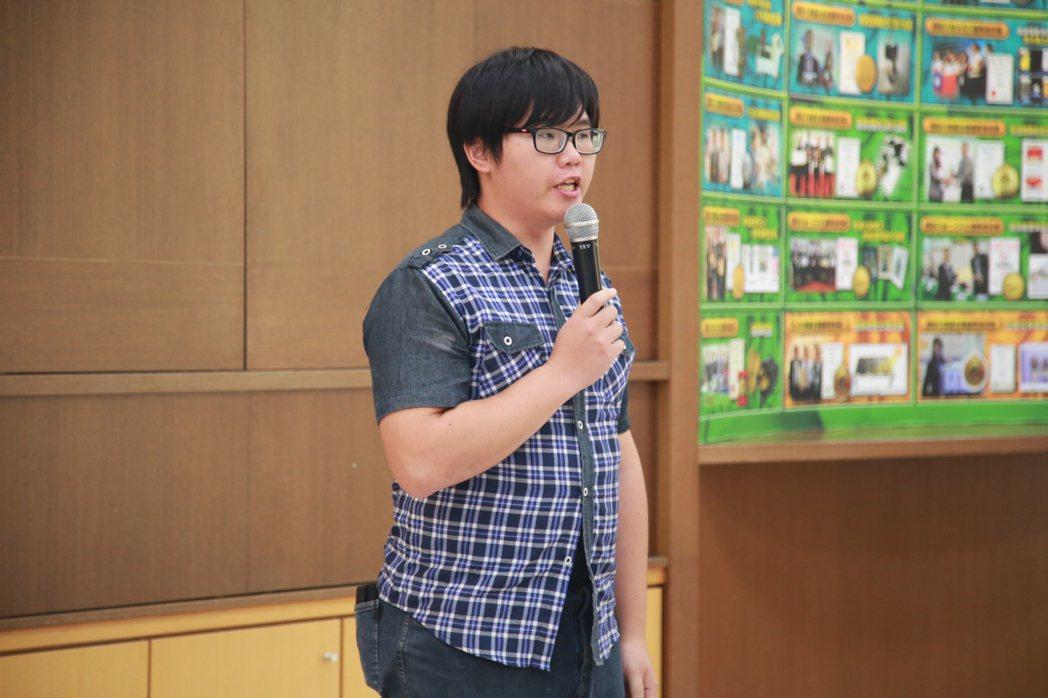 遠東科大碩士生戴昭民,個人申請專利累計達14件高,多次國際比賽得獎,獲選為校園發...