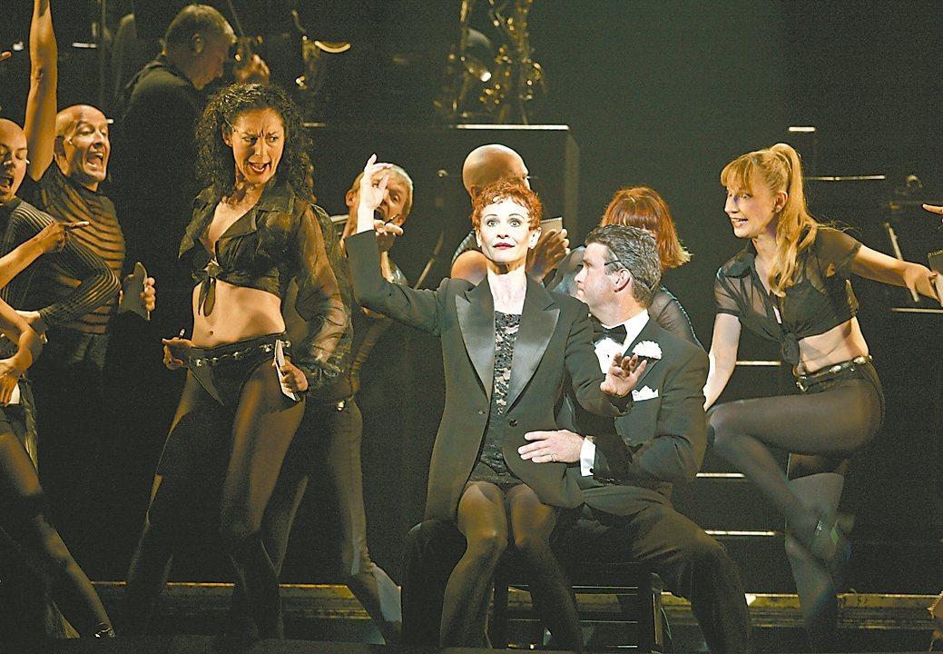 百老匯經典音樂劇《芝加哥》八月再度登台。 本報資料照片