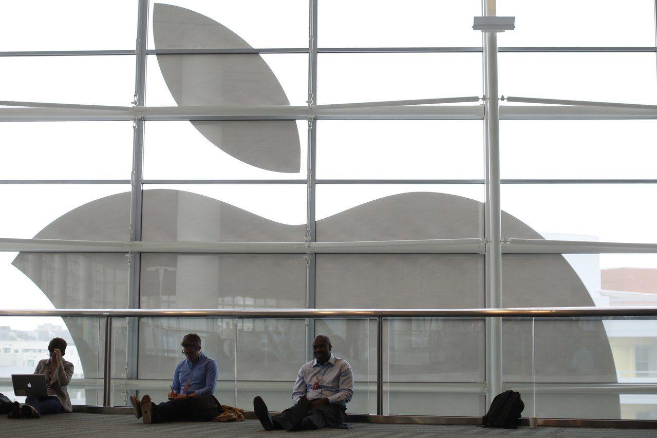 蘋果傳自力開發3D感測關鍵元件。 (路透)