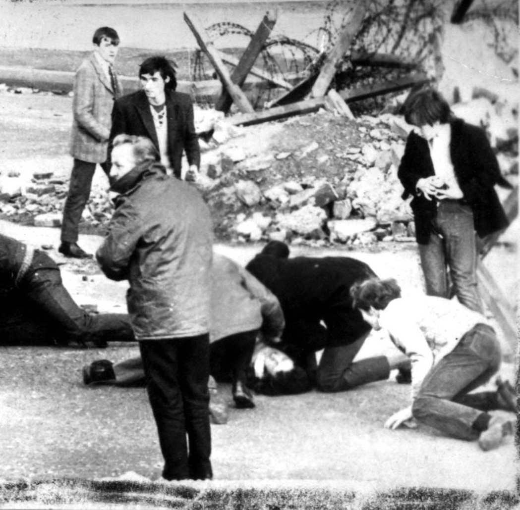1972年1月30日星期天,NICRA在北愛博格賽德地區的和平遊行,遭到倫敦派駐...