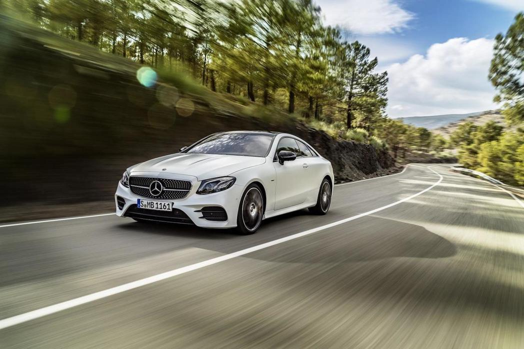 Mercedes-Benz E-Class Coupé。圖/Mercedes-Benz提供