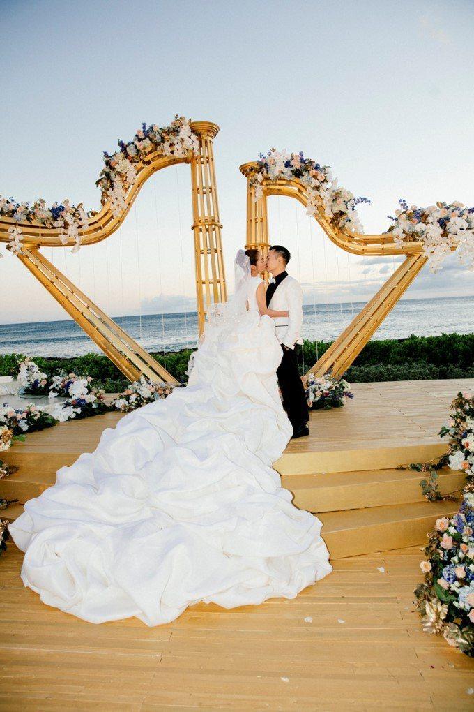 安以軒嫁澳門富商陳榮煉夏威夷婚禮。圖/安以軒工作室提供