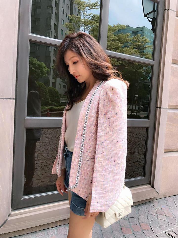 阿翔的老婆過去曾是購物台的模特兒,走過不少秀,氣質外型兼具。圖/阿翔提供