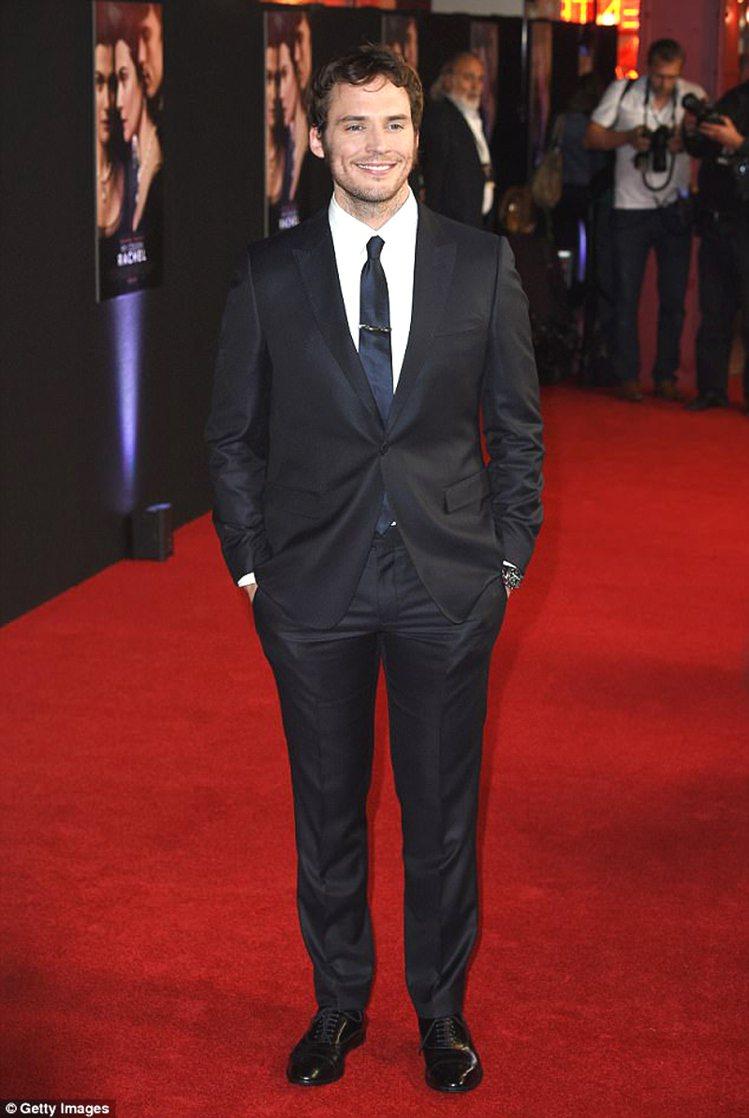 山姆克萊弗林出席擔任主角的新電影《My Cousin Rachel》首映會。圖/...