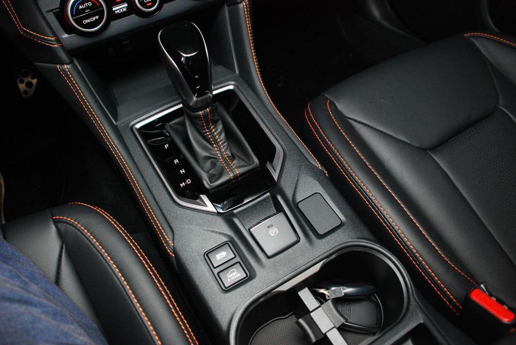 全新Subaru XV內裝。記者林昱丞/攝影