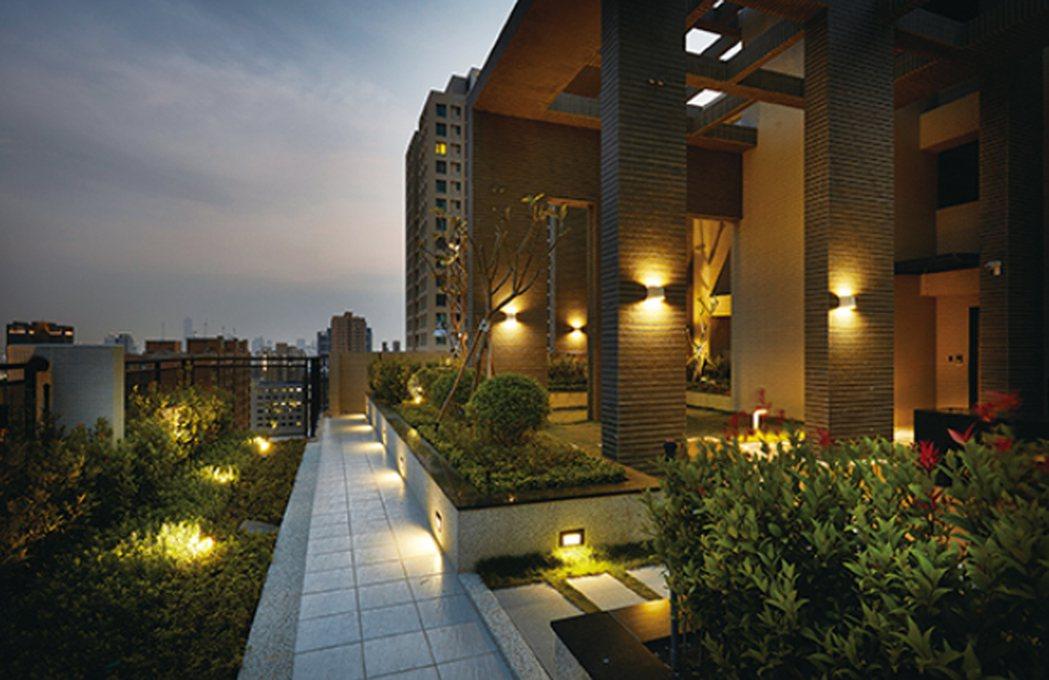 空中花園燈光設計非常高雅。 圖片提供/光洲建設
