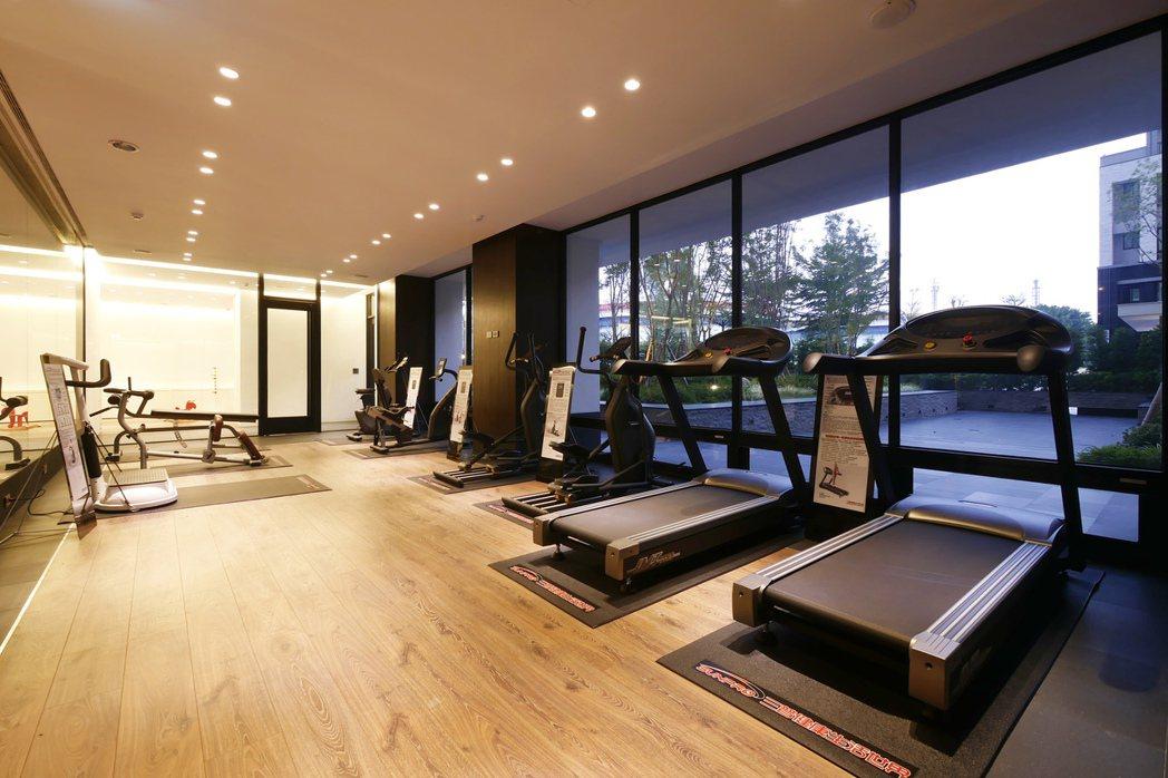 健身房讓體格keep fit。 圖片提供/國城建設
