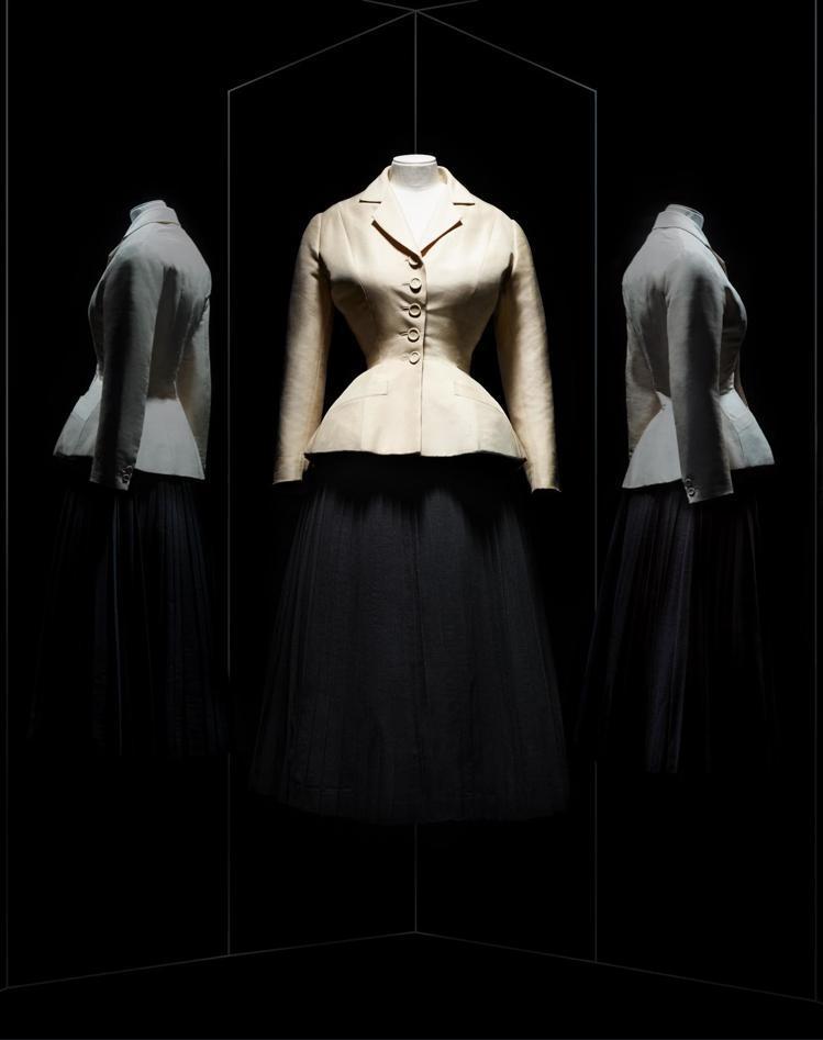 Christian Dior於1947年春夏創作的經典Bar套裝。圖/DIOR提...