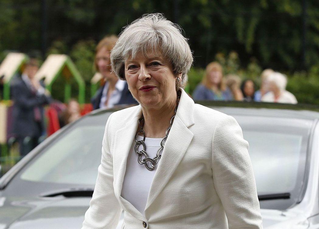 英國首相梅伊原寄望藉大選強化民意支持,但她領導的保守黨現在議席不進反退。 美聯社
