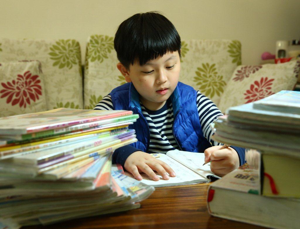 能生不代表能教;成為家長之後,不代表理所當然的晉級為教育專家。家長對孩子的「愛」...