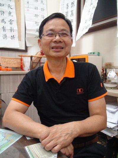 台中市議員陳清龍曾罹患舌癌,一度放棄化療,甚至差點再也無法開口說話,沒想到透過宗...