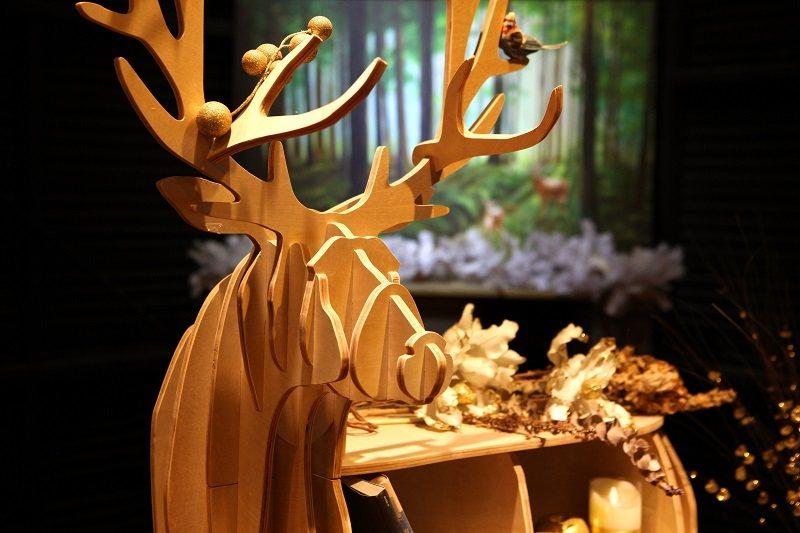 小鹿商店有許多以鹿為主體的限定商品
