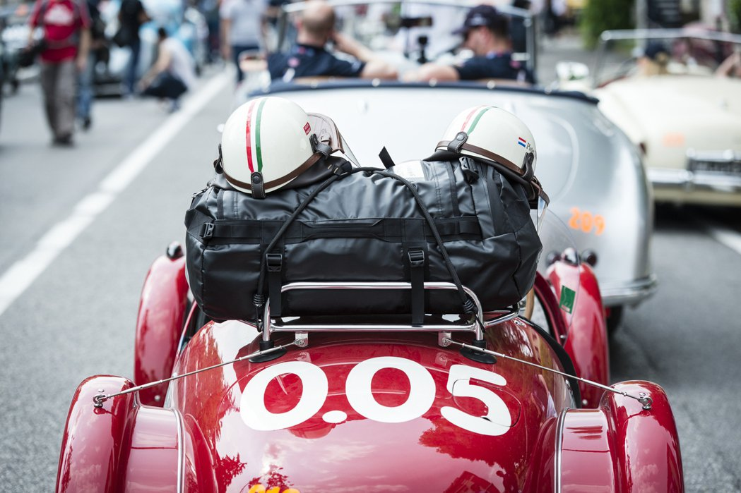 Mille Miglia古董車賽以1927年至1957之間的古董車為限。/迪生提...