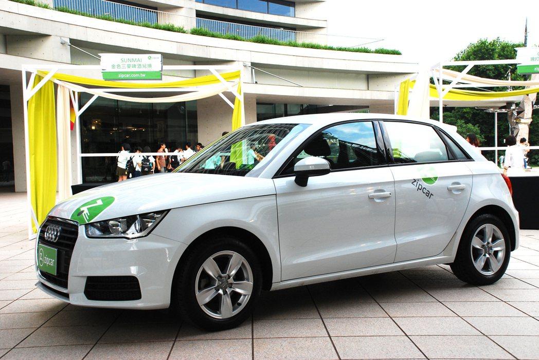 Zipcar有許多車種可供選擇,小車至客貨兩用車都有,滿足不同需求的消費者。記者...